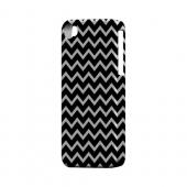 White on Black Geeks Designer Line Zig Zag Series Matte Hard Case for Apple iPhone 4/4S