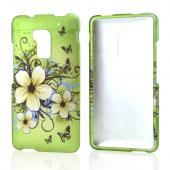 White Hawaiian Flowers on Green Rubberized Hard Case for HTC One Max