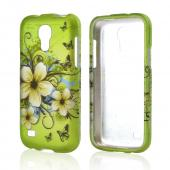 White Hawaiian Flowers on Green Rubberized Hard Case for Samsung Galaxy S4 Mini