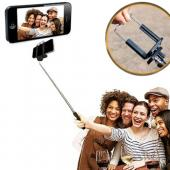Extendable Selfie Stick Self-Portrait Monopod Stick for Tablet & Phone w/ Attachment Head Included - Take a Selfie using your Tablet! [White/Black]