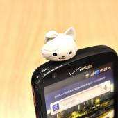 3.5mm Headphone Jack Stopple Charm - Cute White Kitty